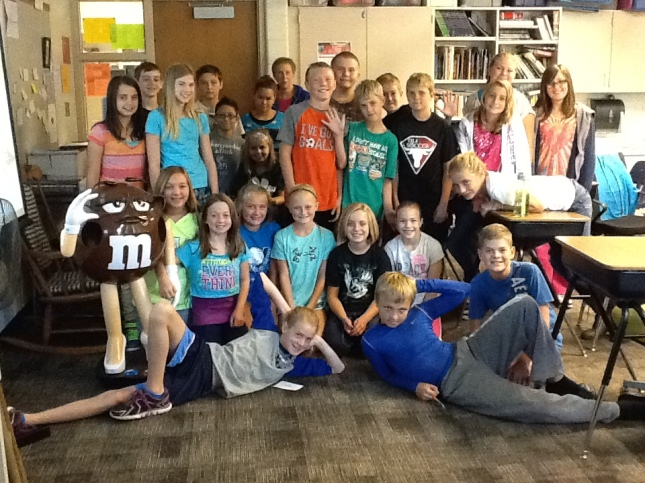 Pinewood 6th Graders in Room 19
